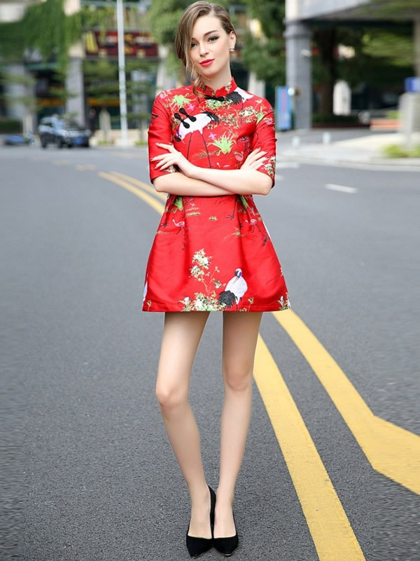 Red Qipao / Cheongsam Party Dress with Embroidery Crane Pattern
