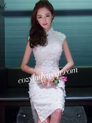 Sweet Lace Applique Qipao / Cheongsam Dress with Keyhole