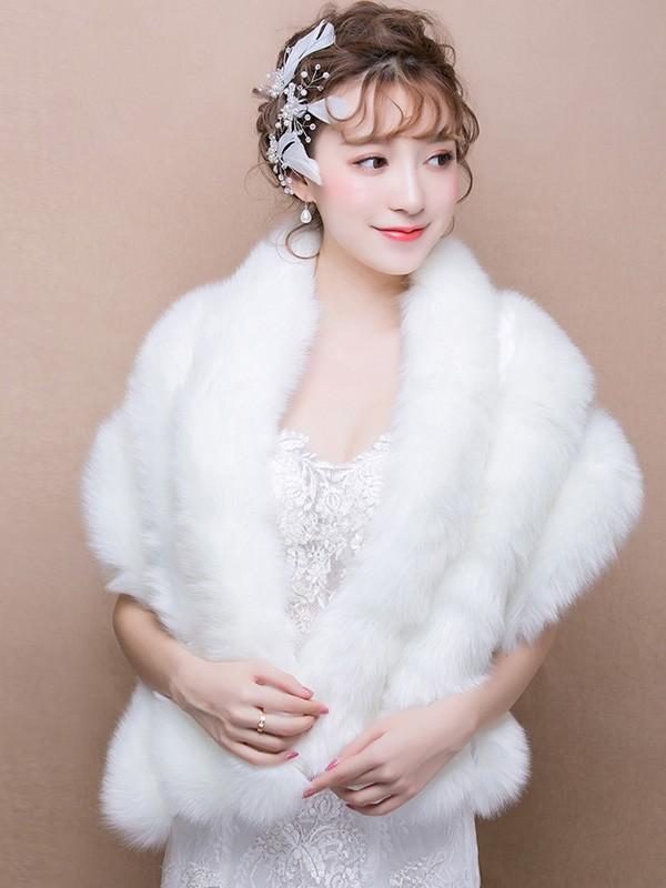 White Faux Fur Bridal Wrap Shawls Cozyladywear
