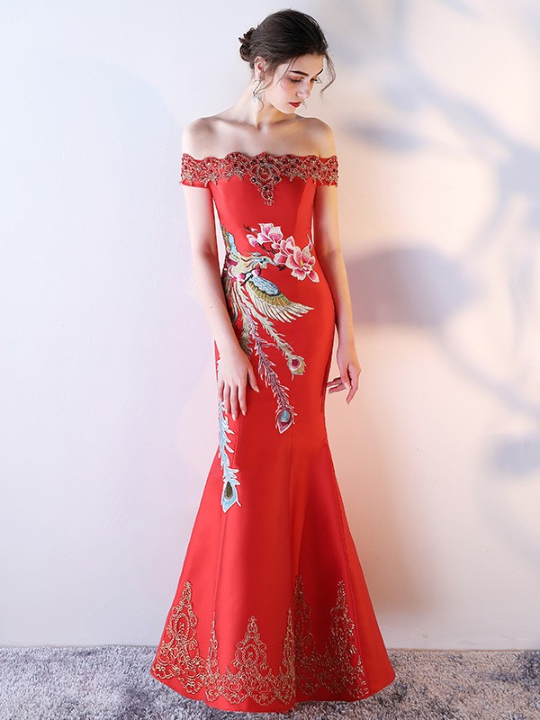 Red Off-The-Shoulder Fishtail Qipao / Cheongsam Dress with Embroidery