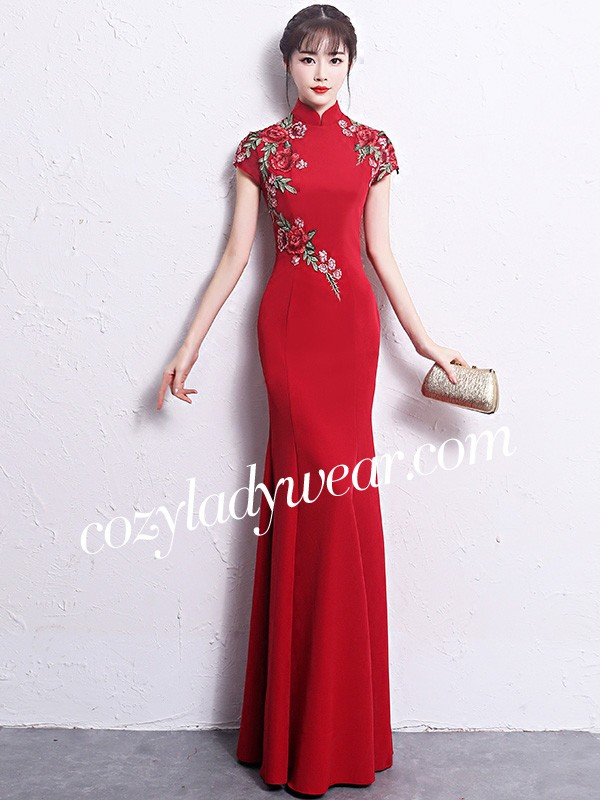 70f50cabcda83 Floor Length Mermaid Embroidered Qipao /Cheongsam Wedding Dress. Loading  zoom