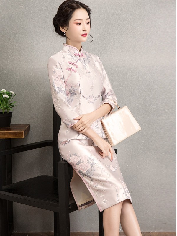 Pink Embroidered Midi Qipao / Cheongsam Dress for Winter