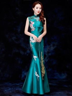 Green Embroidered Fishtail Qipao / Cheongsam Evening Dress with Cutout Back