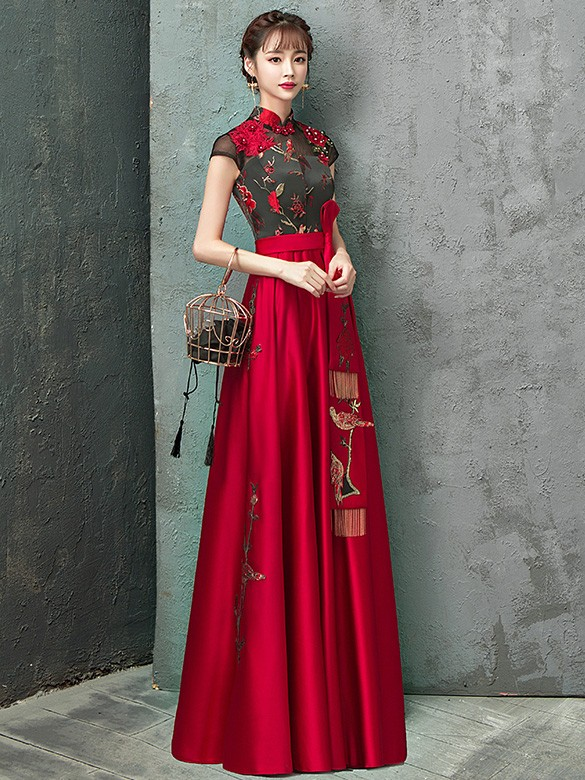 Colorblock Embroidered Floor Length Qipao / Cheongsam Wedding Dress