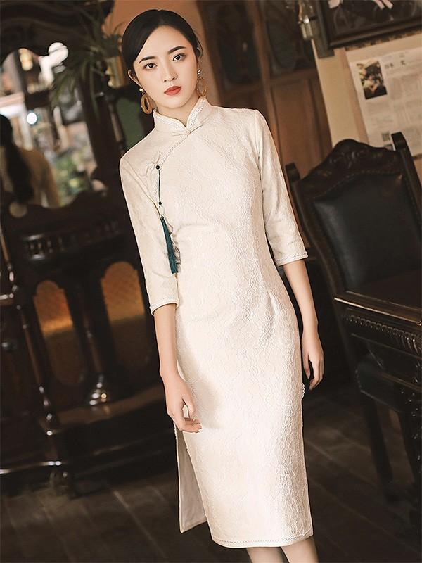 88525f3e38bd6 White Knee Length Winter Qipao / Cheongsam Dress - CozyLadyWear