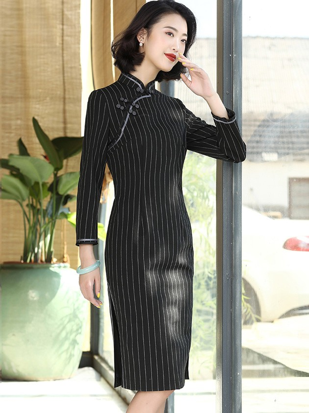 Black Midi Qipao / Cheongsam Winter Dress with Half Sleeve