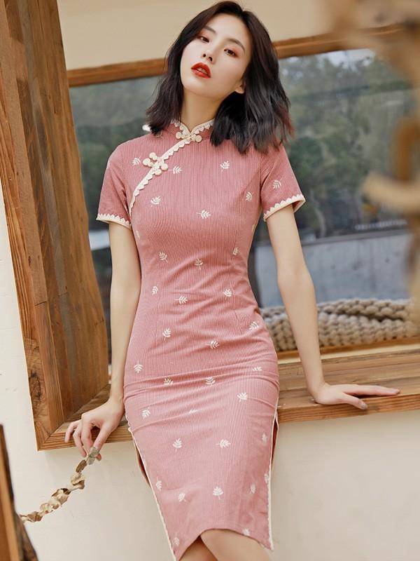 Pink Striped 2019 Midi Cheongsam / Qipao Party Dress