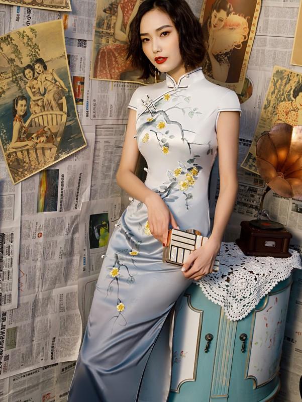 2019 Gray Floral  Long Cheongsam / Qipao Party Dress