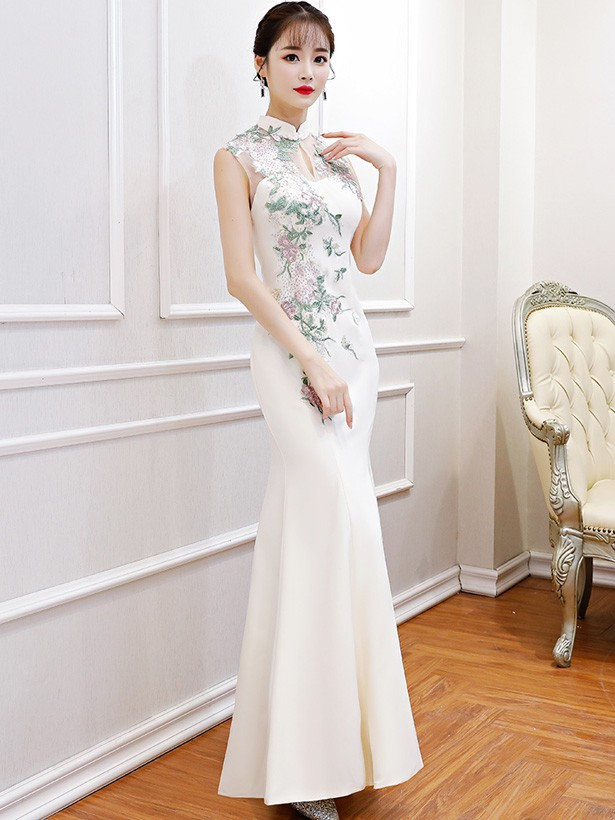 White Beads Floral Qipao / Cheongsam Wedding Dress
