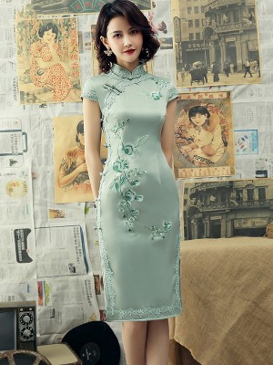 Green Embroidered Mid Qipao / Cheongsam Dress with Lace Trim