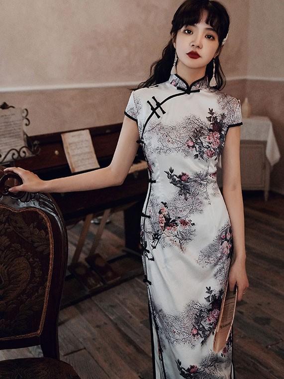 White Floral Long Modern Cheongsam / Qipao Party Dress