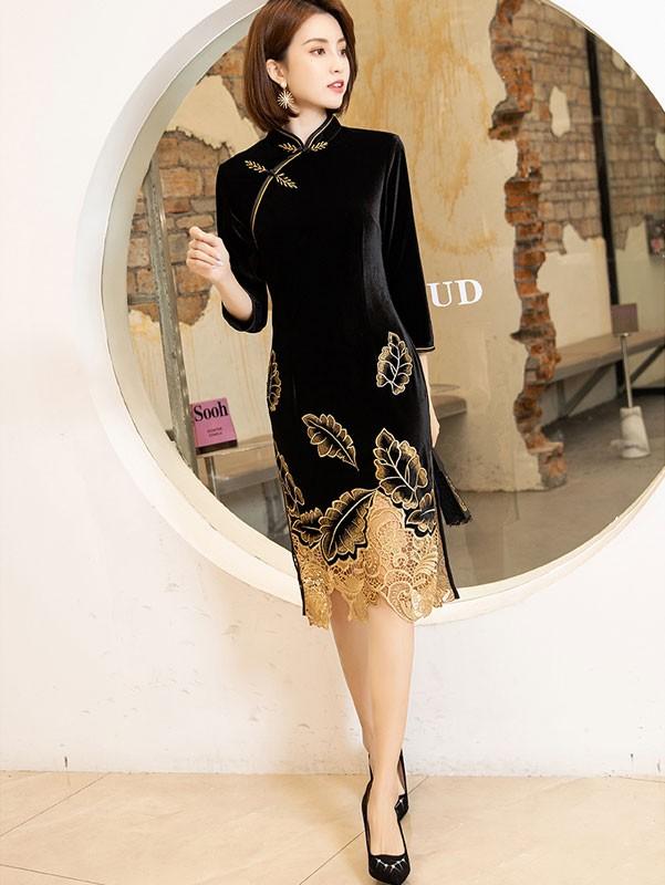 Embroidered Velvet Mother's Winter Cheongsam / Qipao Dress