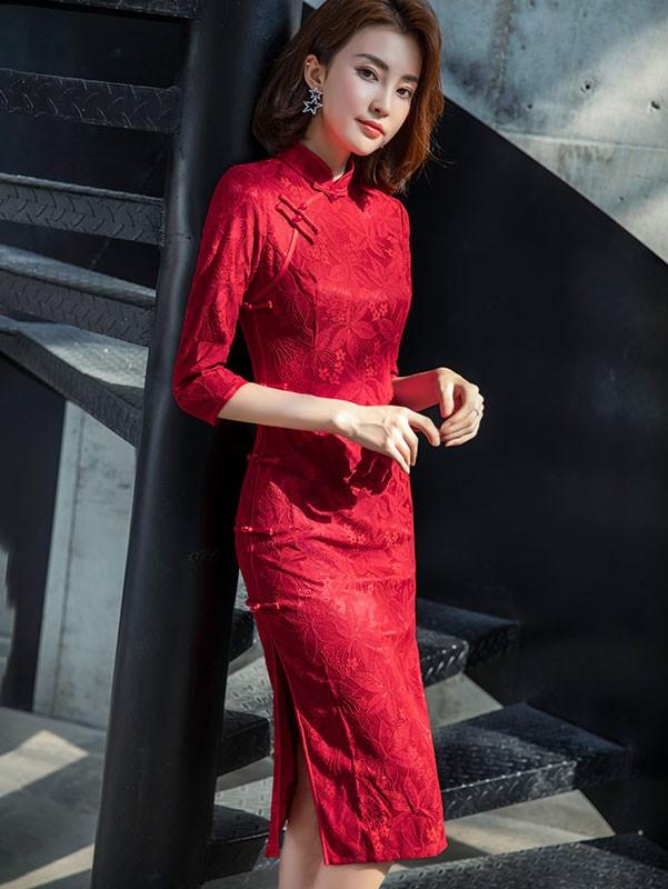 Winter Red Lace Midi Wedding Cheongsam / Qipao Dress