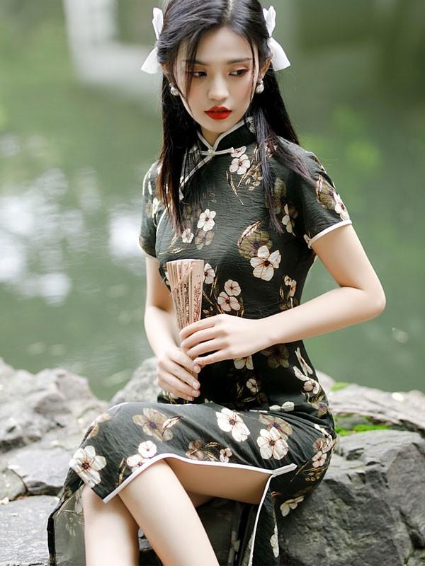Black Floral Linen Qipao / Cheongsam Dress