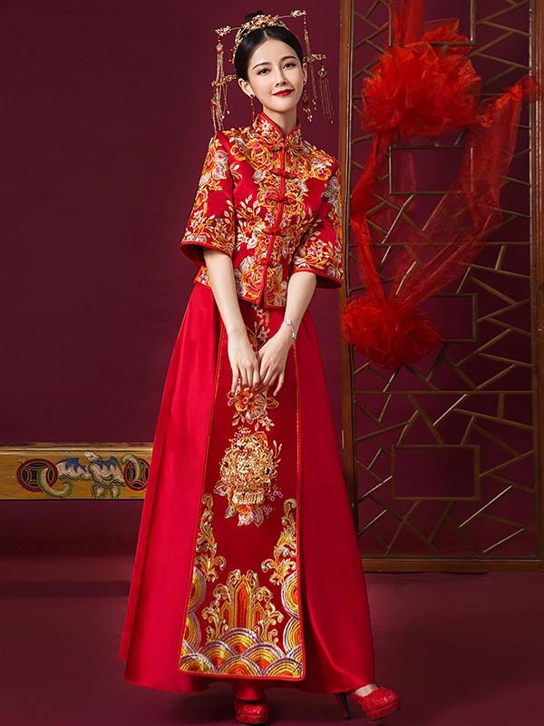 Red Embroidered Chinese Wedding Qun Kwa Xiu He Fu