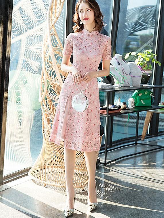 Floral Lace A-Line Midi Modern Cheongsam / Qipao Dress