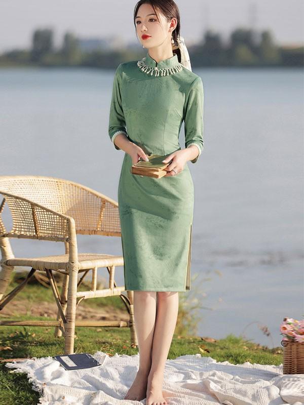 Green Suede Pearl Winter Cheongsam / Qipao Dress