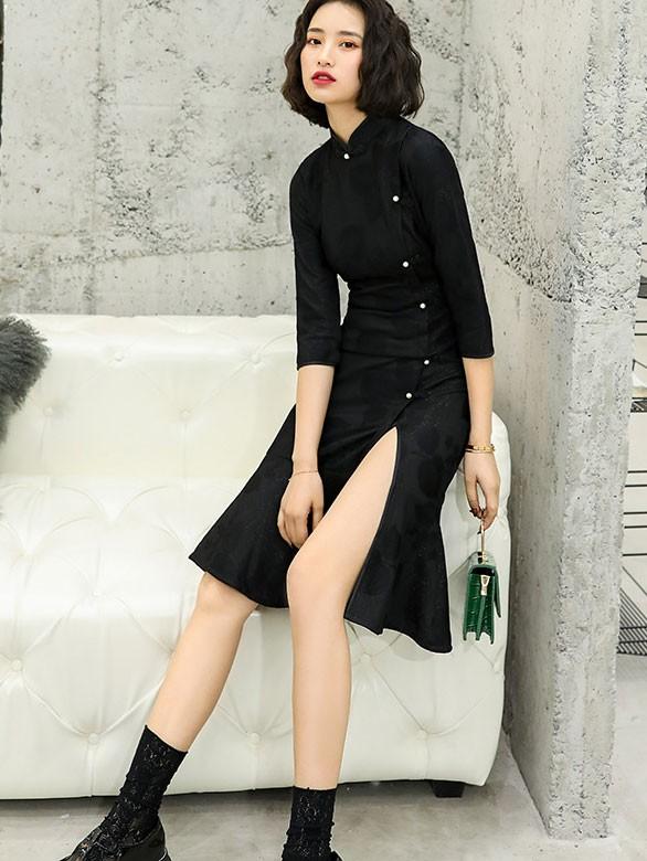 2021 Winter Black Split Front Qipao / Cheongsam Dress