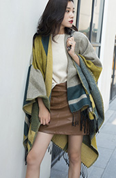 Colorblock Plaid Wrap Scarf with Tassel