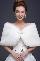 Faux Fur Wrap Shawls for Wedding with Brooch