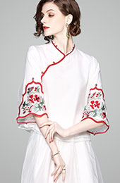 Embroidered Qipao / Cheongsam Bell Sleeve Blouse in Organza