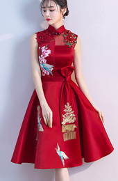 Red A-Line Qipao / Cheongsam Wedding Dress with Phoenix Embroidery