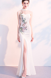 White Embroidered Split Qipao / Cheongsam Wedding Dress