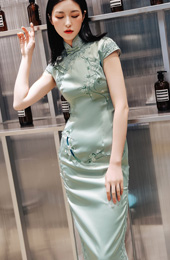 Green Embroidered Long Qipao / Cheongsam Dress with Lace Trim