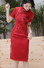 2020 Red Embroidered Wedding Cheongsam / Qipao Dress