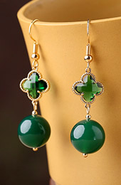 Green Crystal Jade Drop Dangle Clip On Earrings