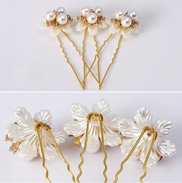 Petals Shaped Gold Tone Hair Clips