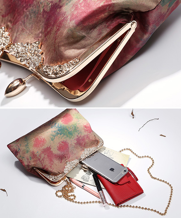 Printing Chain Clutch Wallet Bag
