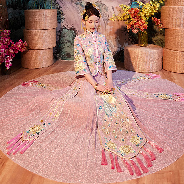 Pink Shimmering Embroidered Wedding Qun Kwa & Pleated Skirt