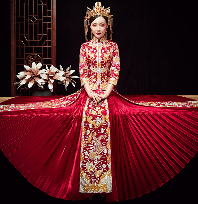 2019 Red Embroidered Phoenix Wedding Qun Kwa & Pleated Skirt
