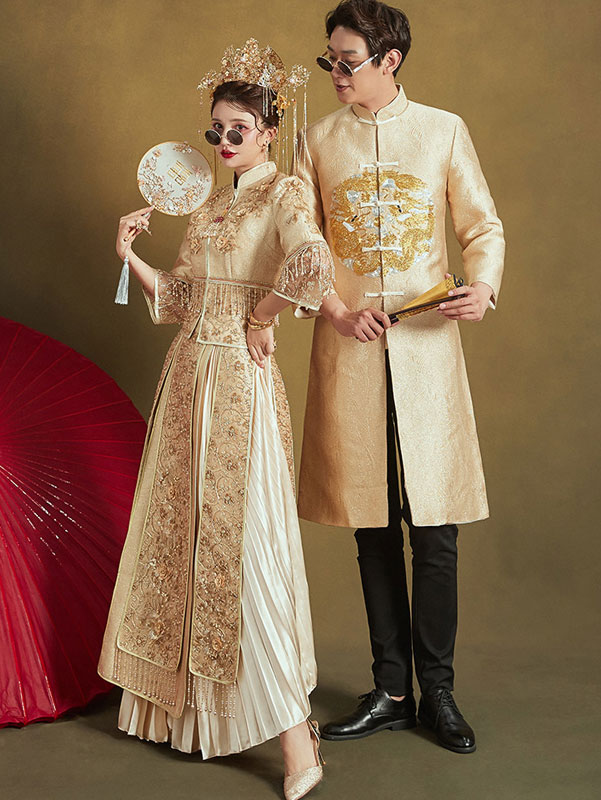 Sequined Gold Embroidered Wedding Qun Kwa Jacket & Skirt